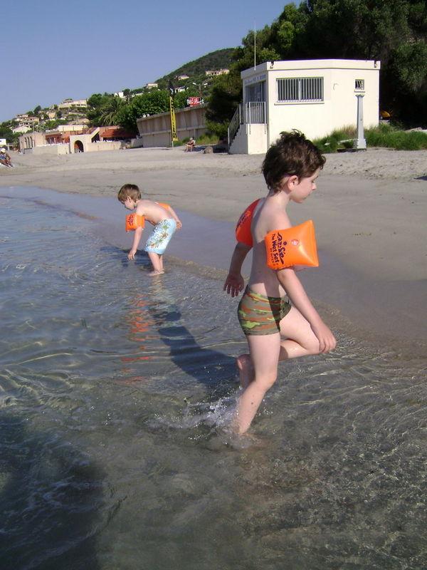 2008 - Nathan et Arnaud à la plage