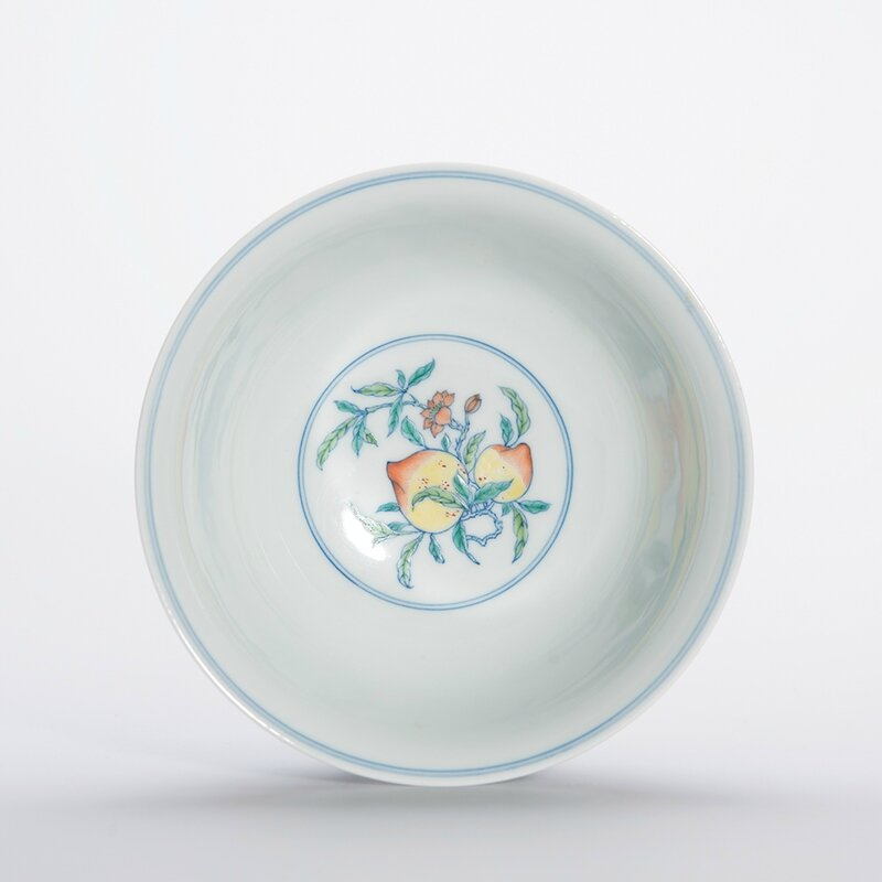 Chinese Wucai Glazed Porcelain Bowl, Yongzheng Six-Character Mark and of the Period 4