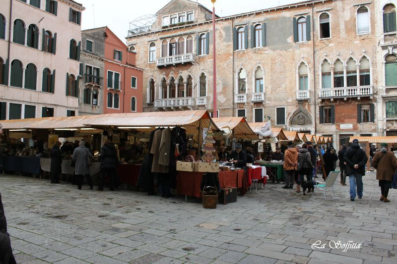A venezia antiquariato in campo san maurizio la soffitta for Antiquariato venezia