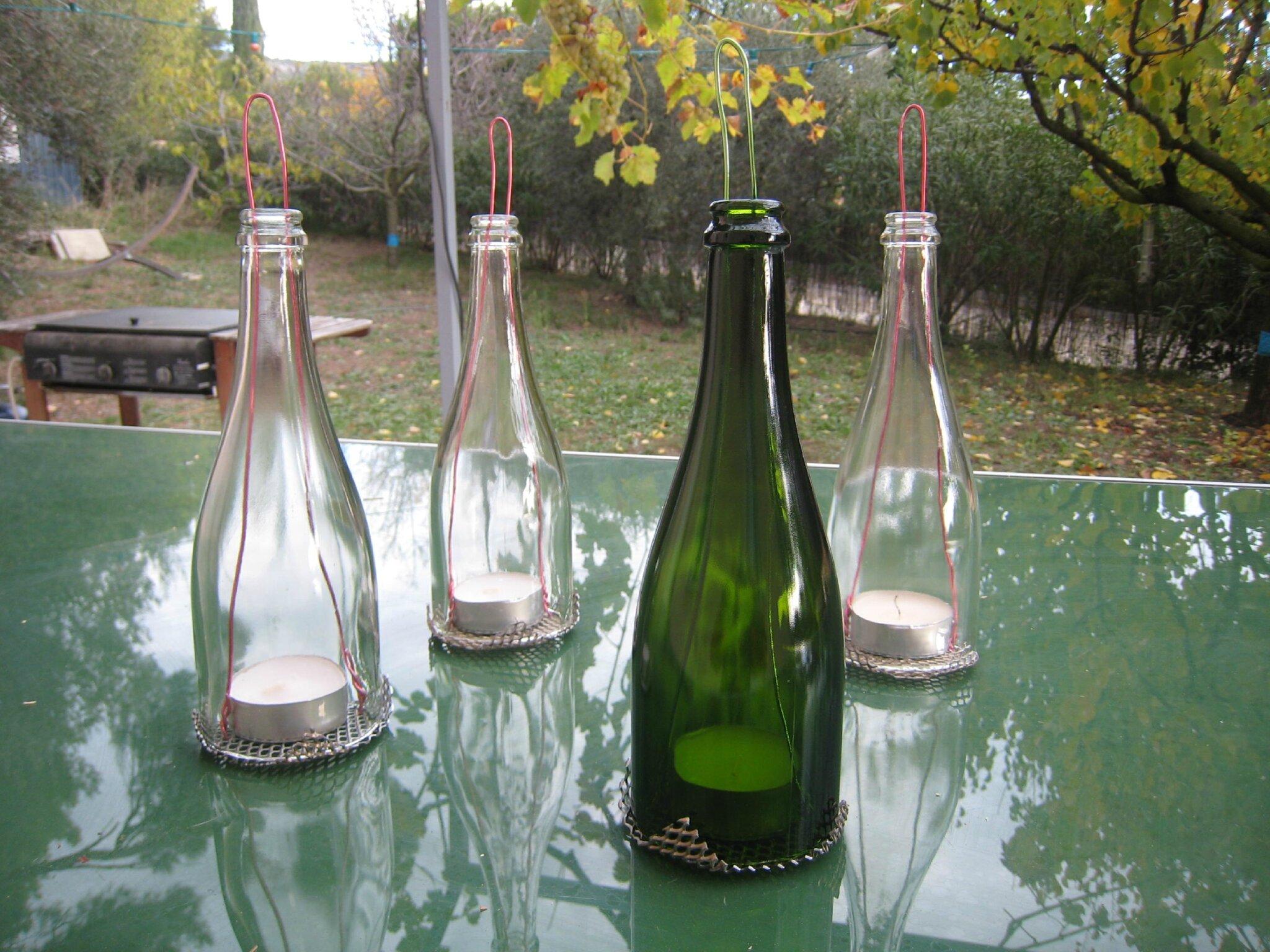 des photophores avec la partie sup rieure des bouteilles de champagne cr ations et bricolages. Black Bedroom Furniture Sets. Home Design Ideas