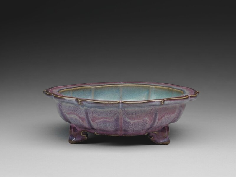 Lobed Basin with Bracketed Foliate Rim and Three Cloud Scroll Feet, Ming dynasty, 1368-1644