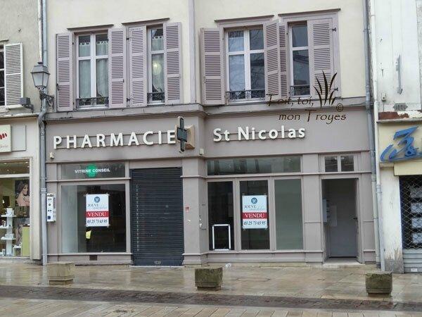 desertification-des-commerces-Troyes-(place-J-Jaures)