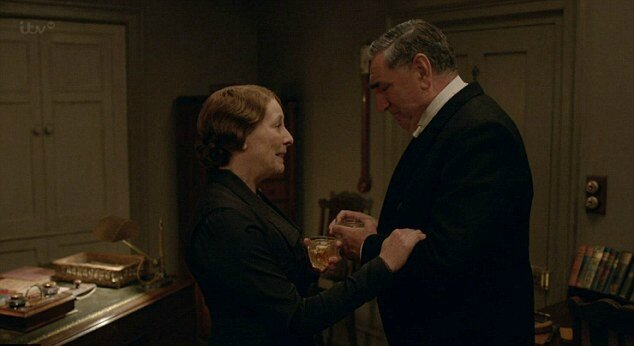 Downton-Abbey-Christmas-Special-Hughes-Carson-Propose