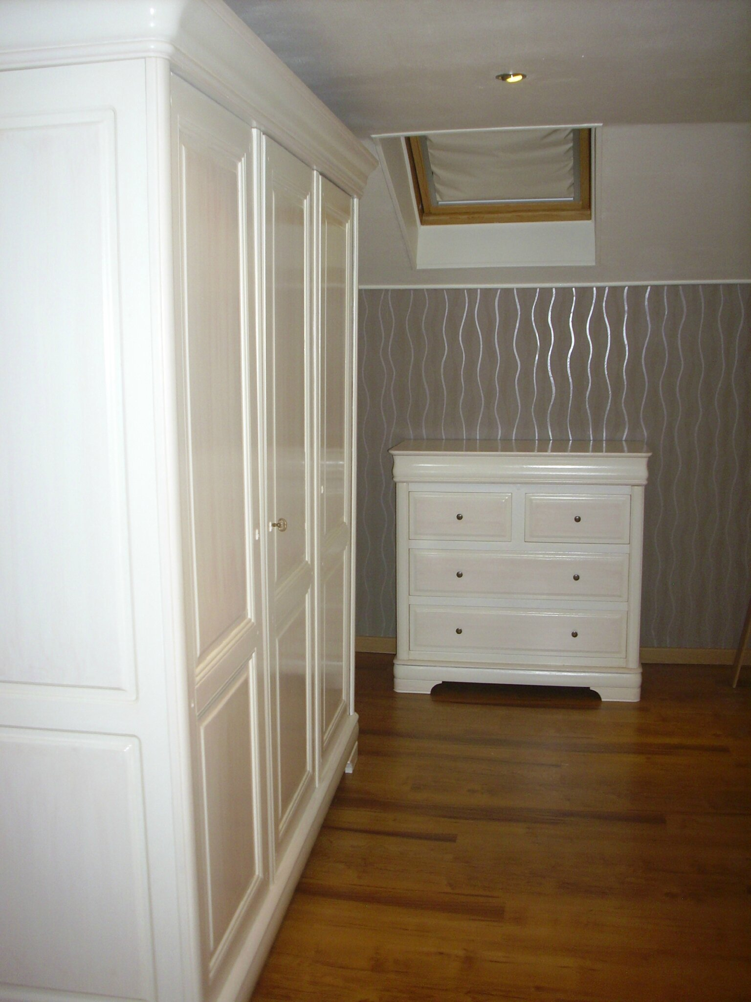 Chambre coucher armoire bonneti re commode coiffeuse - Commode chambre a coucher ...