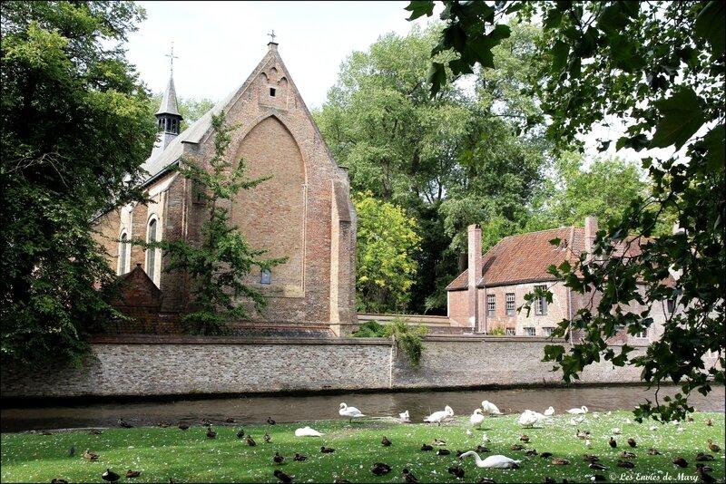Eglise du béguinage 1de dos