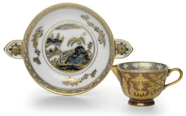 "A Meissen ""Chinoiserie"" pattern cup and saucer, c. 1740"