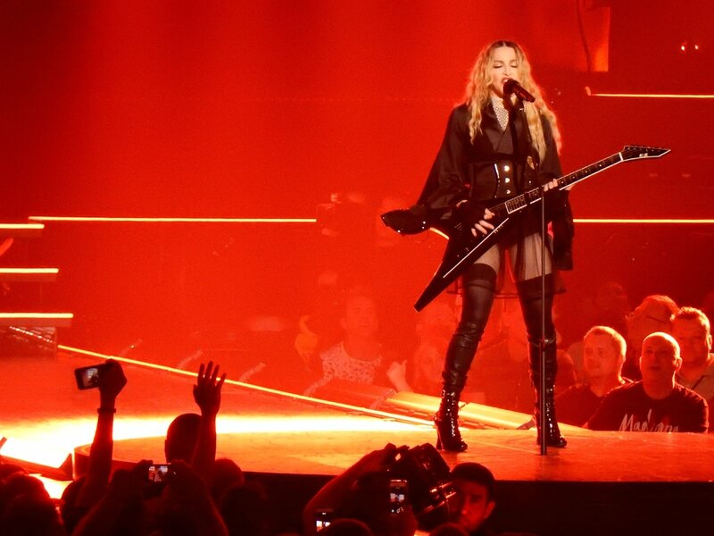 Madonna-Rebel-Heart-Tour-Washington-22