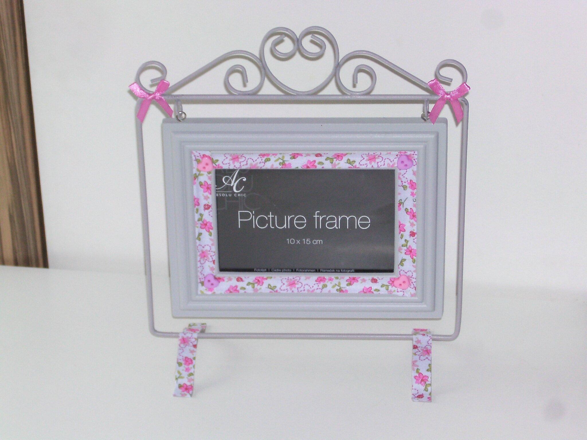 Cadre maison simple cadre photo lot de cadres photos maison x cm bleu rose with cadre maison - Tableau attrape reve maison du monde ...