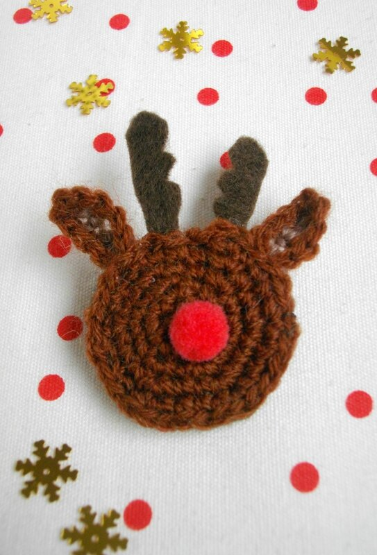 diy-broche-noël-rennes-crochet
