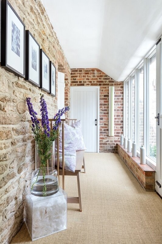 A+Modern+Refurbishment+of+a+Country+House+in+Oxfordshire+by+Louise+Holt+(7)[1]
