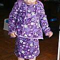 COSY 2ans avec jupe porté par Laetitia