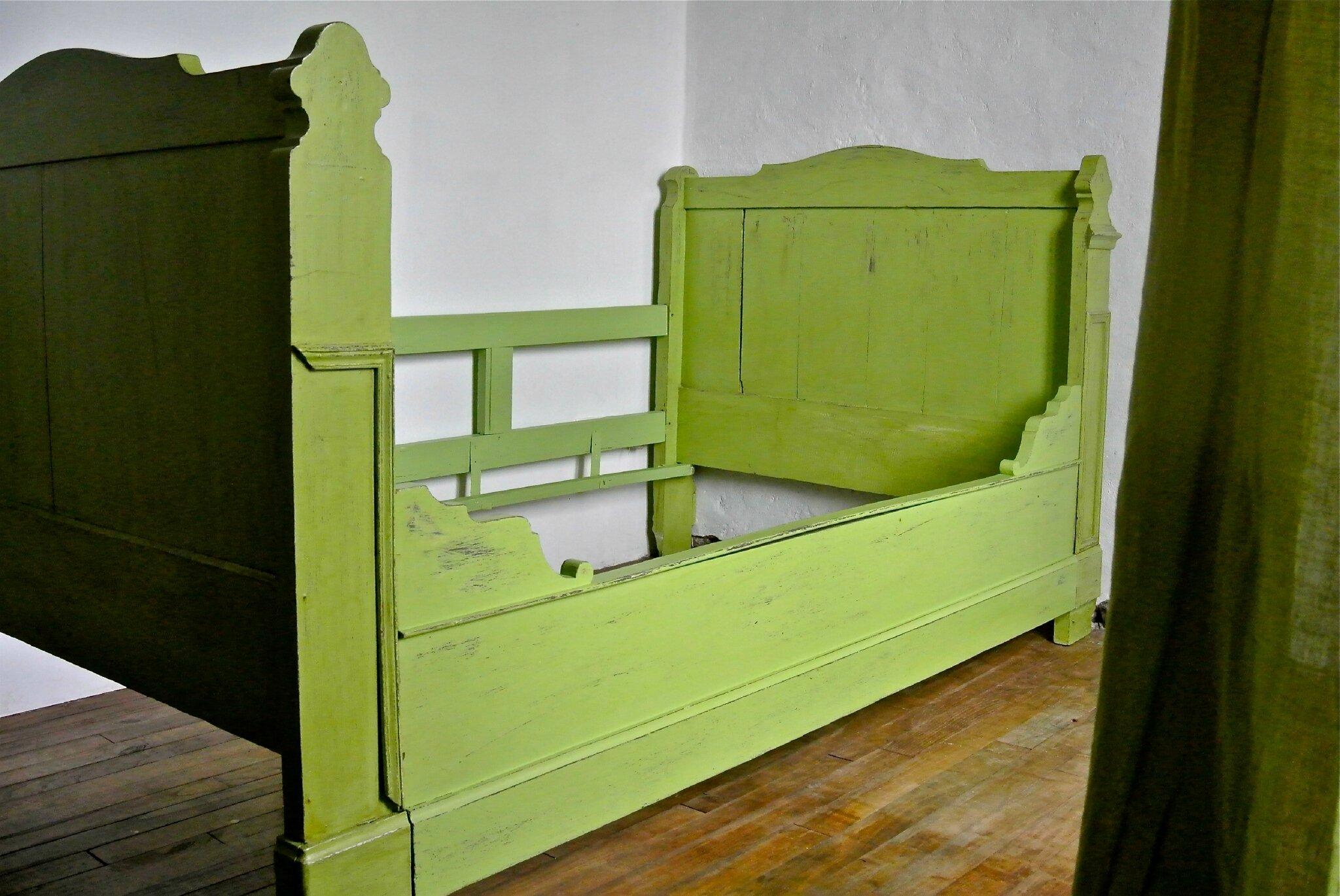 Lit patin dormir au vert barbatruc et r cup - Relooker un lit ancien ...