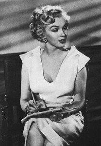 1951_AsYoungAsYouFeel_film_010_010b