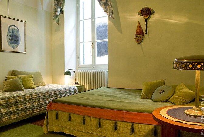 54ab158dca7d2modern_vacation_rentals_liguria_italy_012
