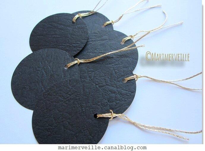 Boules de papier Noir & or marimerveille
