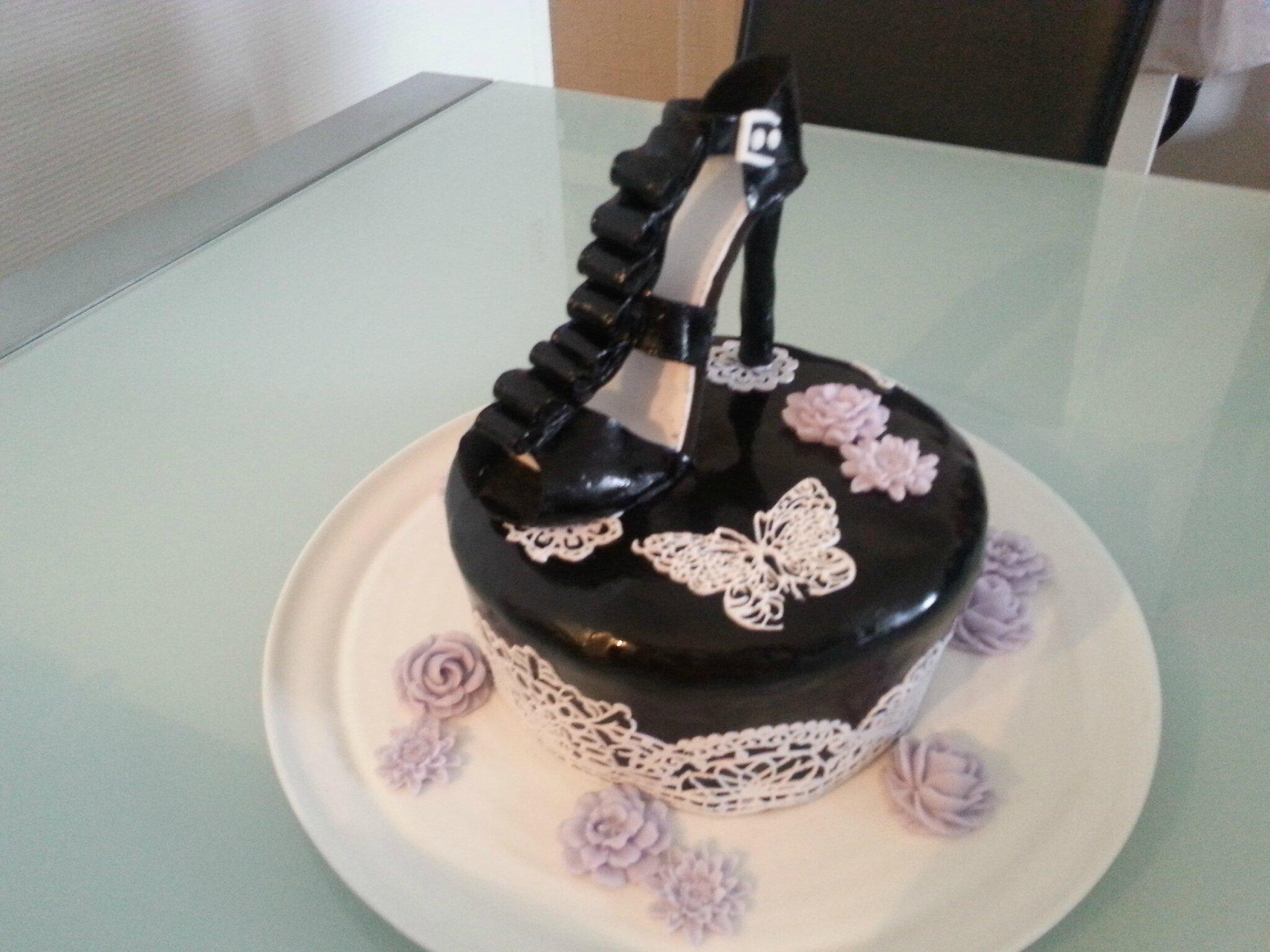 Photo de gateau en chaussure