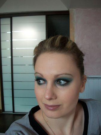 make_up_143