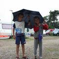 Axel et Antoine au reveil sous la pluie ..