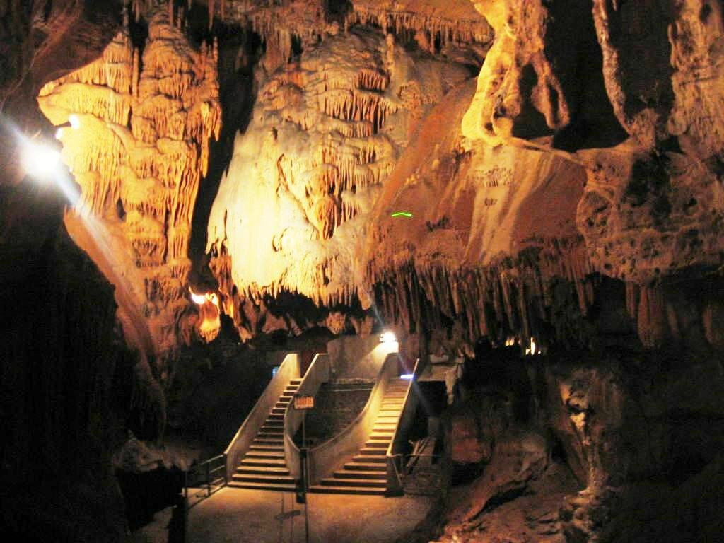 rencontre entre stalactite et stalagmite