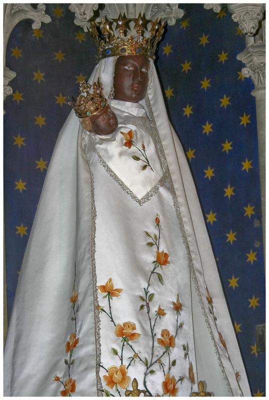 Litanies de notre dame de la d livrande images saintes for Piscine douvres la delivrande