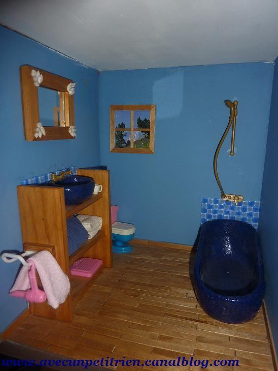 salle de bain barbie 39 photo de la maison de barbie avec un petit rien. Black Bedroom Furniture Sets. Home Design Ideas