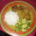 Boulettes de viande a l'oignon/courgettes sautes et riz