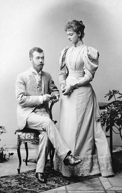800px-Alix_and_Nicky_formal_in_1894