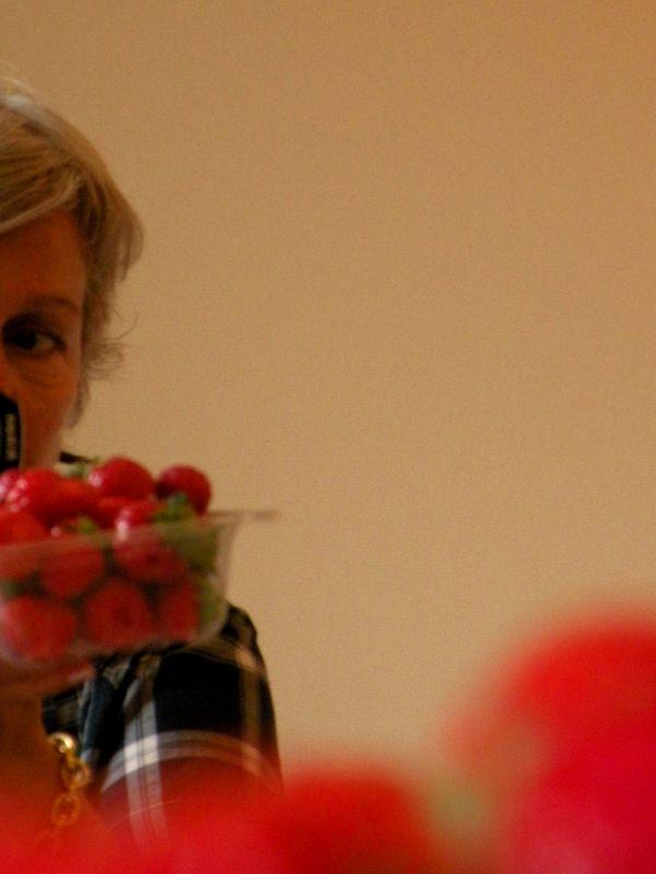 Le go t des fraises de yanaka le japon d 39 asiemut e - Comment cueillir des fraises ...