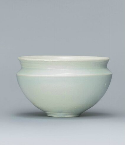 A small Qingbai jar, Southern Song-Yuan Dynasty (1127-1368)