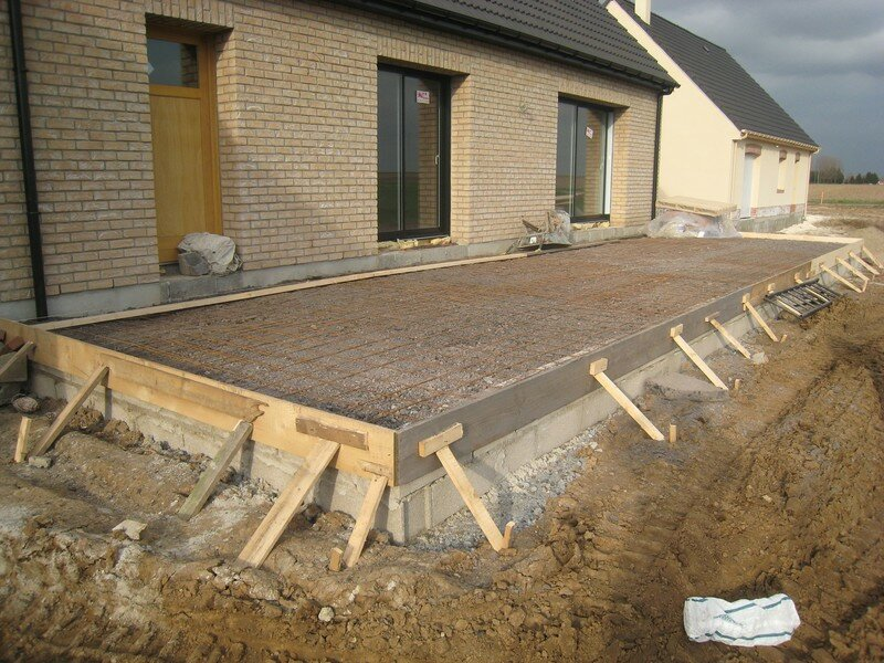 Travaux ext rieurs suite n 2 la maison de nos r ves for Terrasse suspendue beton photo