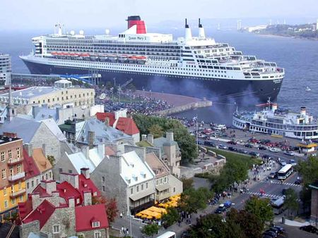 034_Quebec_Queen_Mary_2