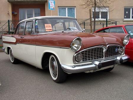 SIMCA VEDETTE Chambord 1957 1961 Bourse Echanges Auto Moto de Chatenois 2009 1