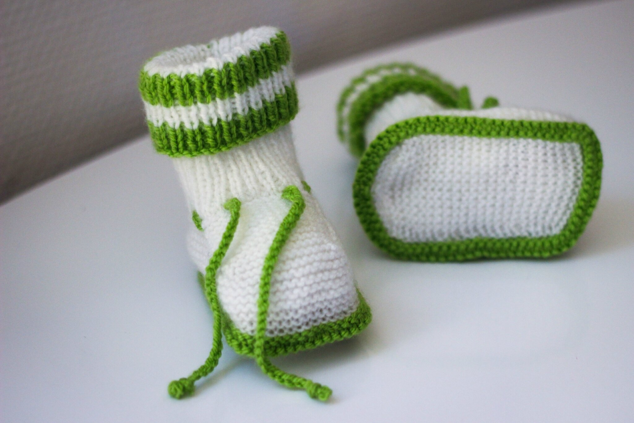 modele tricot gratuit layette chaussons