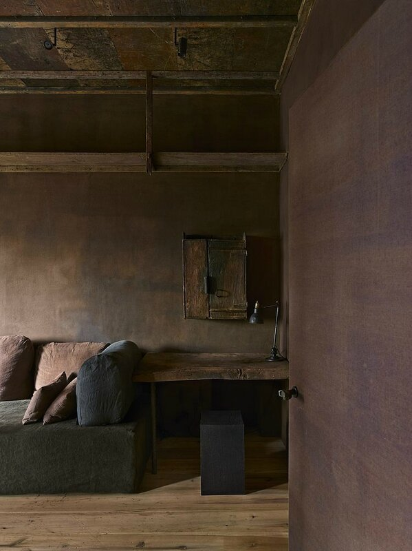 TriBeCa-Penthouse-Inspired-by-Wabi-Sabi-The-Art-Of-Imperfection-2