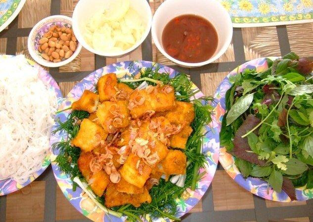 Cha-ca-La-Vong-plats-traditionnels-Hanoi