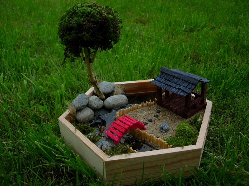 Pin jardin japonais miniature on pinterest for Jardin japonais miniature