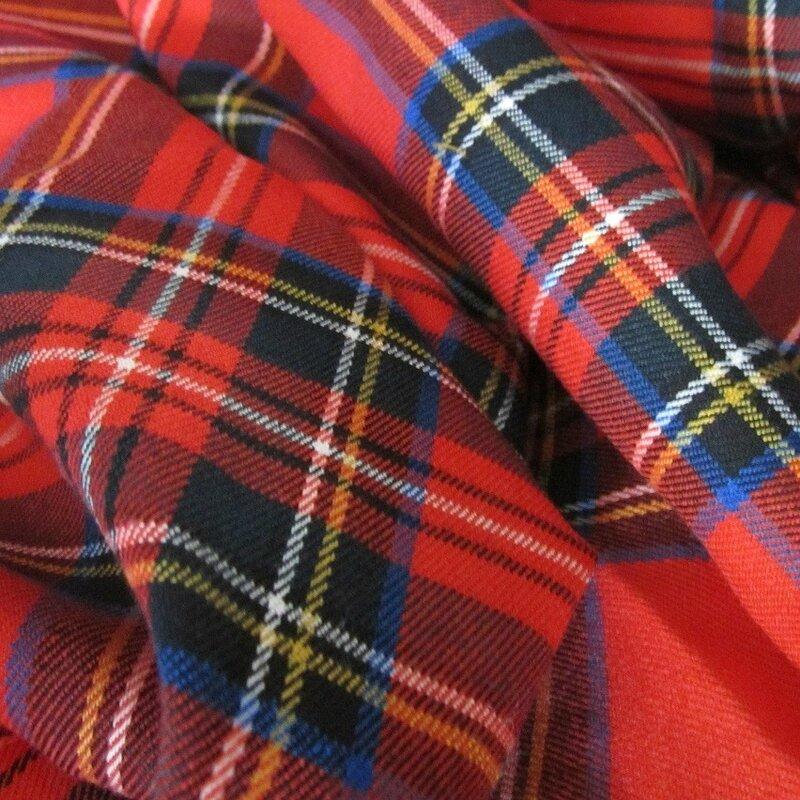 tissus-habillement-tartan-rouge-en-lainage-1423543-tl3-23801_big
