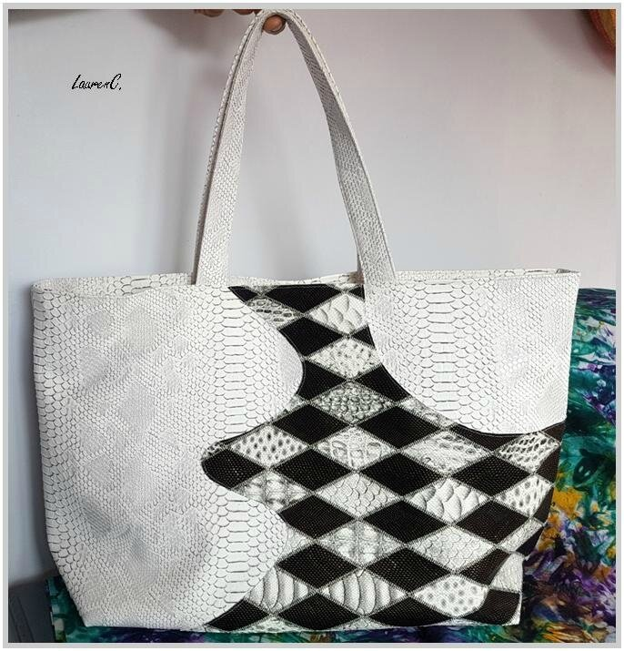 SAC SIMILI DRAGON BLANC VAGUES LOSANGES