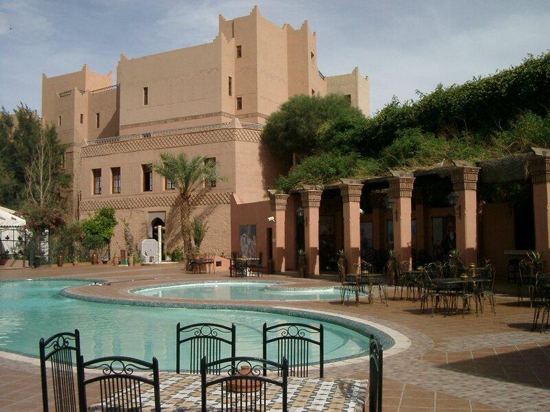 photo 7 piscines et bar extérieur