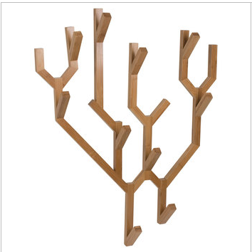 Un porte manteau en forme de branche d arbre home and office design for Porte manteau branche
