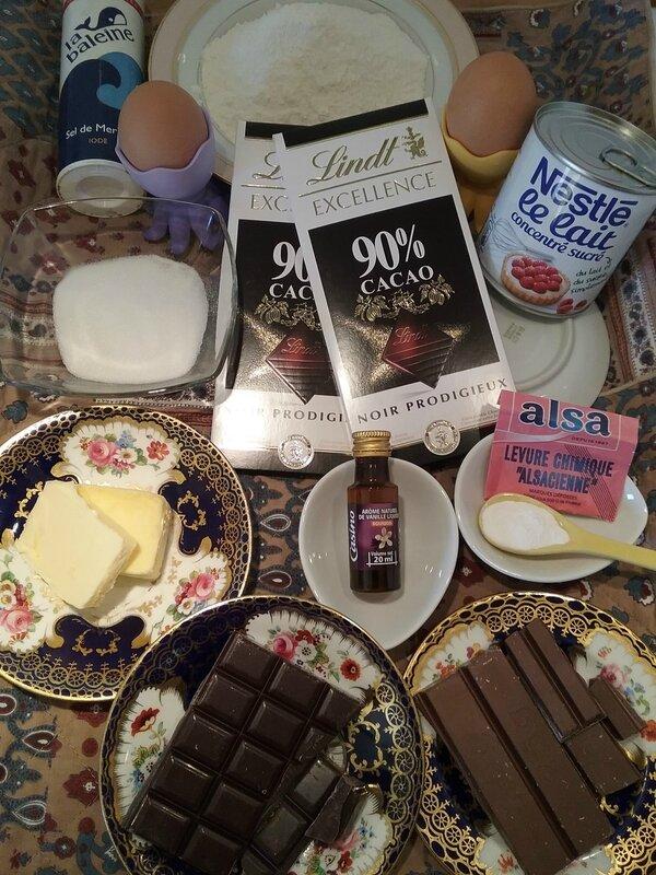 Petits galets aux deux chocolat et au lait concentré sucré 003