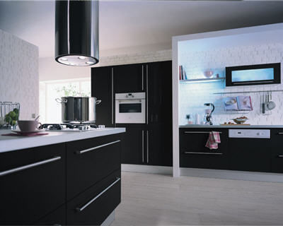 cuisinistes comparatif cool longue vie aux cuisines ikea lenseigne aux modles de cuisine. Black Bedroom Furniture Sets. Home Design Ideas