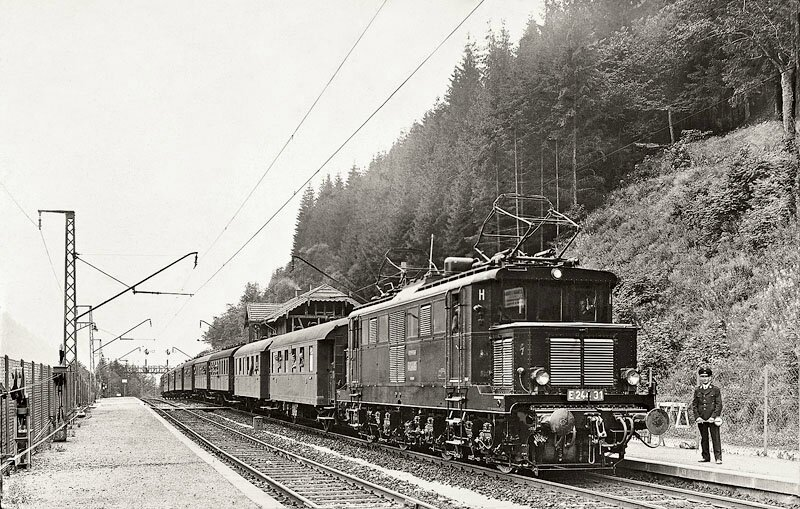 E244_31_in_Hollsteig_18071937_Bellingrodt-Slg