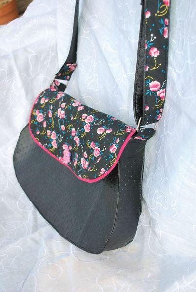 sac noir rose et cabas paillettes 003
