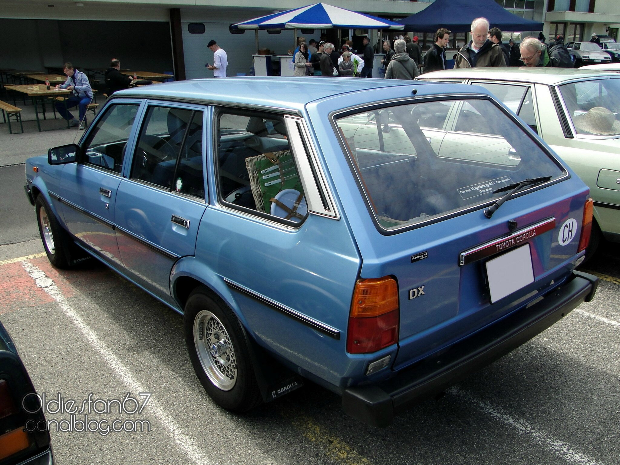 toyota corolla dx wagon 1982 oldiesfan67 mon blog auto. Black Bedroom Furniture Sets. Home Design Ideas