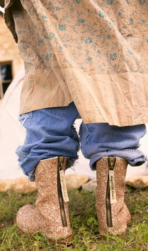 MP Glitter Boots 01.jpg
