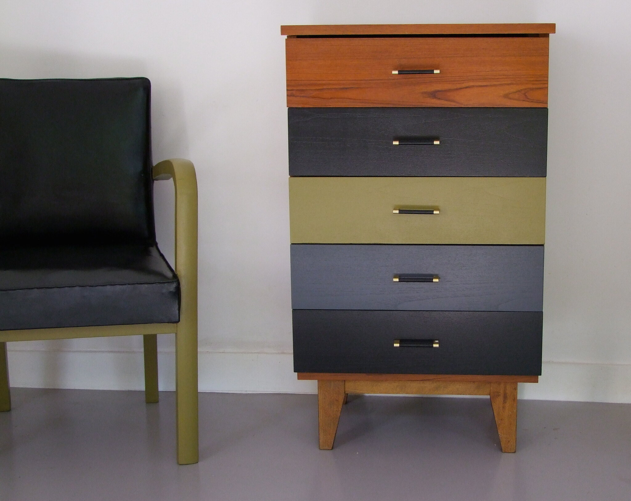 top chiffonnier commode annees cos with chiffonnier vintage. Black Bedroom Furniture Sets. Home Design Ideas