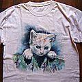 Chaton peinture sur tee-shirt de récup Ghislaine Letourneur - Peinture animaux sur tissu