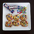Cookies aux smarties, oursons guimauve, bounty, mars, et snickers