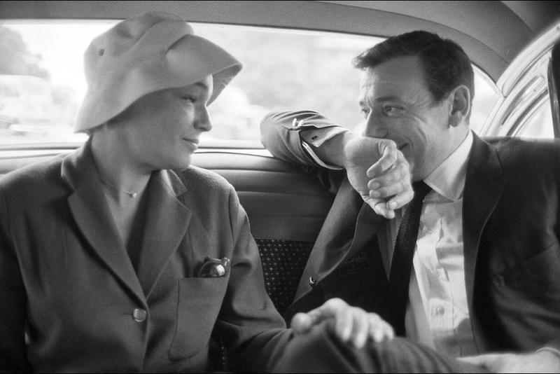 SIMONE-SIGNORET-ET-YVES-MONTAND-JUILLET-1960